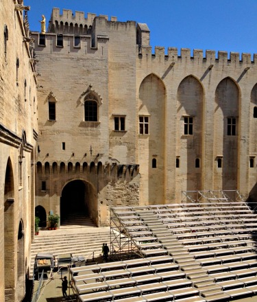 Avignon inside palais des papes.jpg