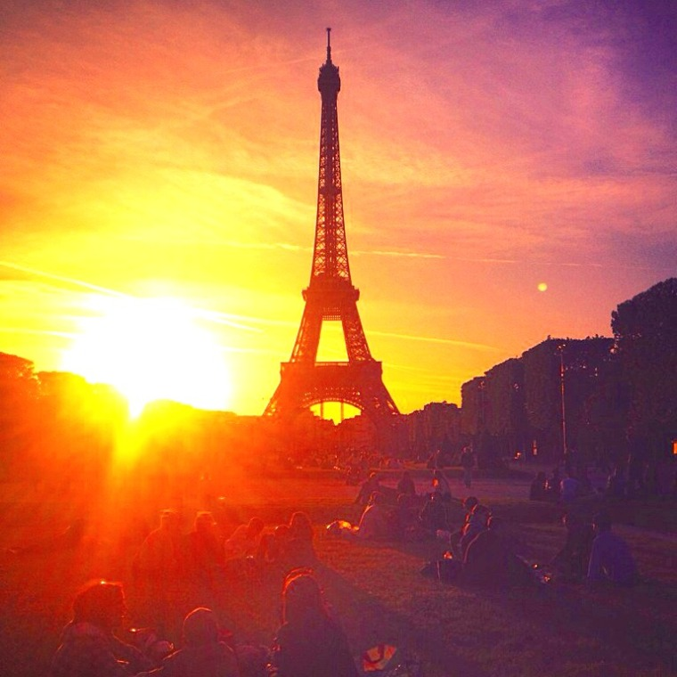 Paris Eiffel Tower Sunset.jpg