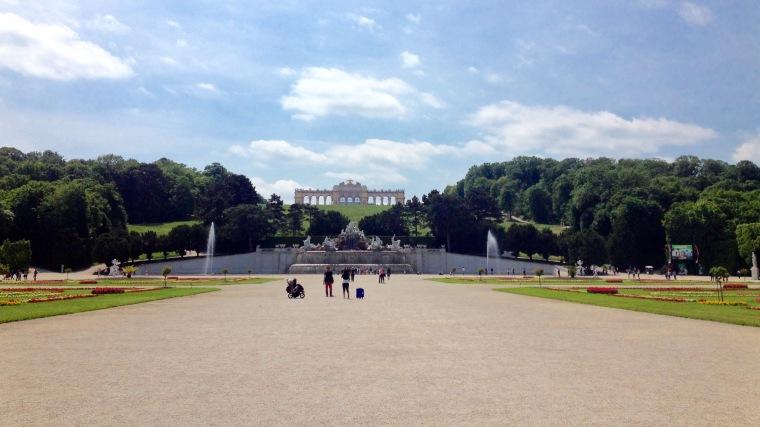 Schönbrunn Vienna, La Vie En C Rose