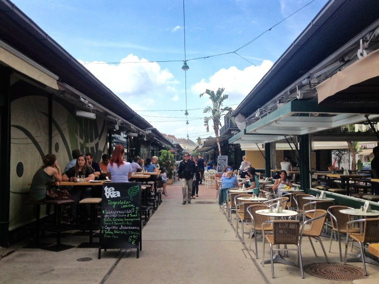 Naschmarkt, Vienna, La Vie En C Rose
