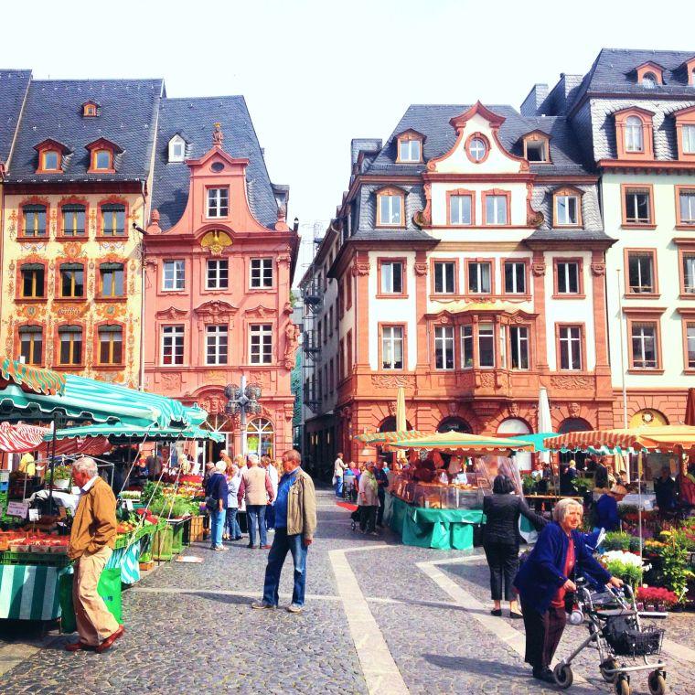 La Vie En C Rose Mainz Market