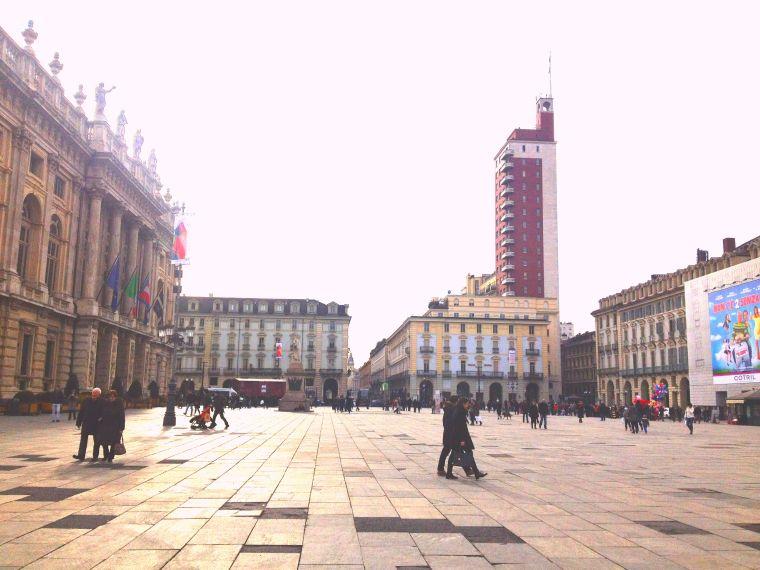 Turin piazza Pixlr La Vie En C Rose